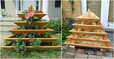 diy vertical garden diy vertical garden pyramid planter beesdiy