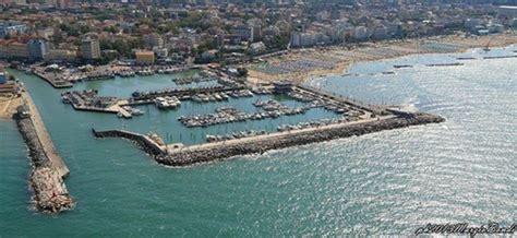 porto di cattolica il porto e la sua marineria retecivica comune di cattolica