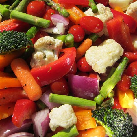 4 fruits and vegetables not to eat 11 easy delicious ways to eat more veggies fooducate