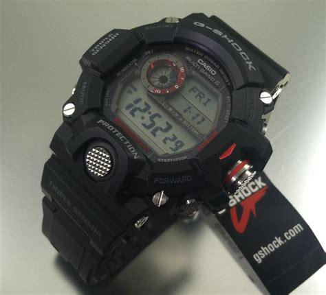 G Shock Rangeman V2 Black Blue casio g shock master of g rangeman solar atomic gw9400 1