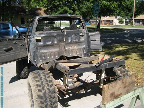 TOYOTA TRUCK REAR ROLL CAGE ? DIY METAL FABRICATION .com