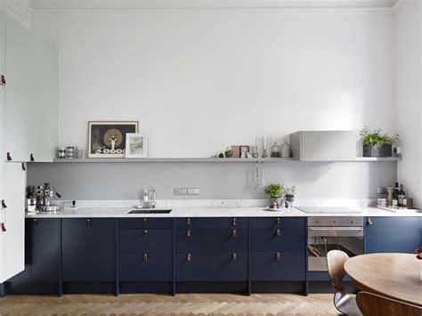 Remodelista Kitchen Cabinets Trend Alert The Cult Of The Blue Kitchen 10 Favorites