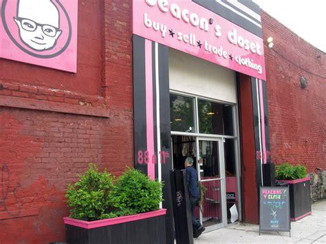 Beacon Closet by Lora Shop Vintage New York Guest