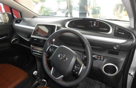 Toyota Sienta Promo promo angsuran ringan toyota sienta v 2017 istimewa