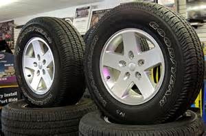 2013 jeep wrangler sport aluminum wheels and tires for