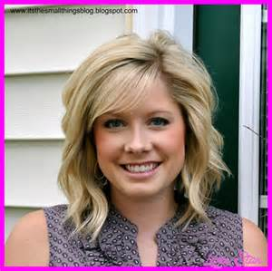 curling medium length hair with curling iron curling short hair with flat iron hairstyles fashion