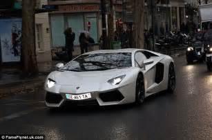 Yellow Lamborghini Chris Brown Chris Brown Rents A 250k Lamborghini To Drive From His