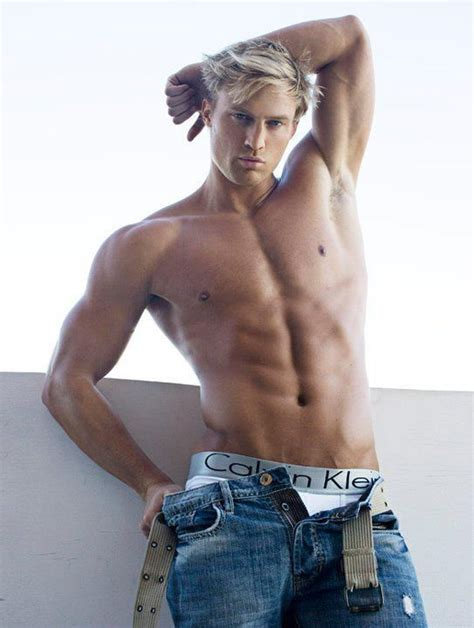 Detox Shirtless All by 17 Best Images About For The On Brad Pitt