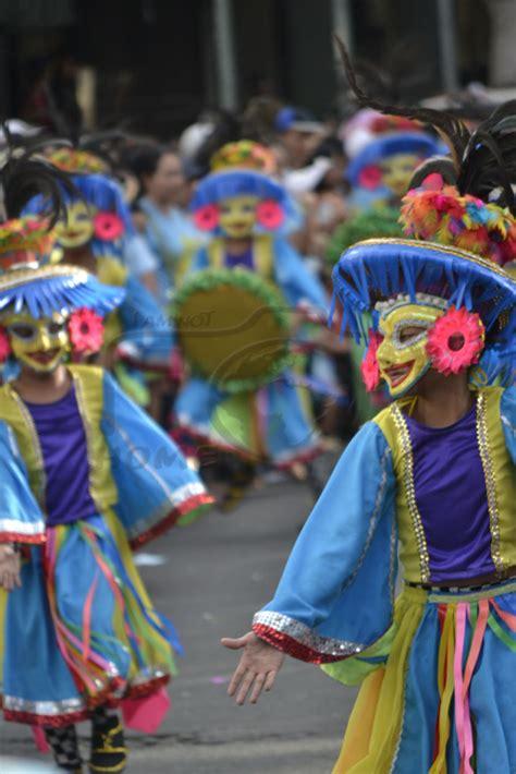 streetdancing   masskara bacolod philippines