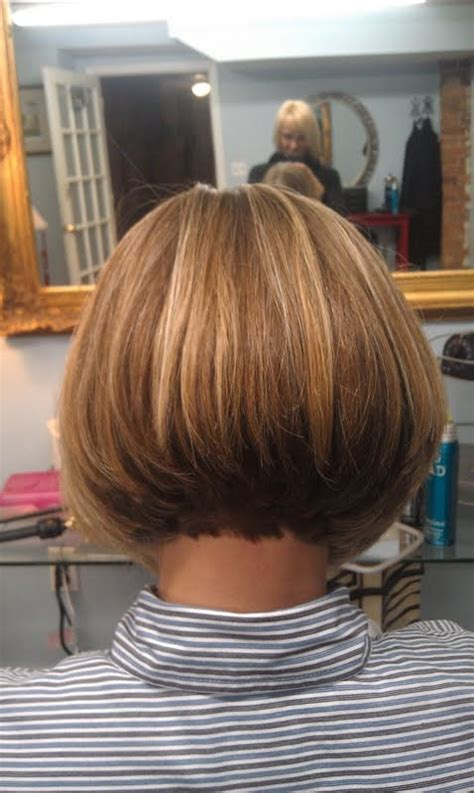 chin length hairstyles back view chin length layered bob back view pictures to pin on