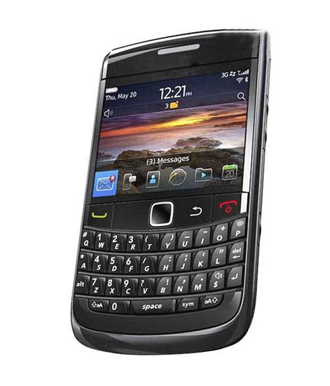 blackberry onyx1 white and black blackberry bold 3 9780 black mobile phones at low