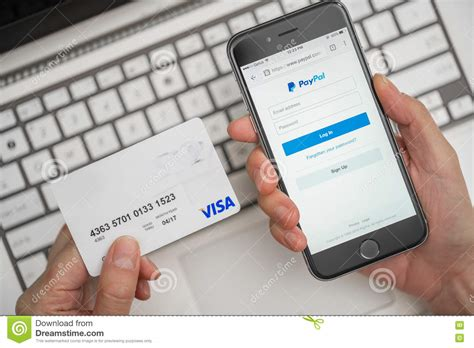 make a store card payment using paypal and credit card for shopping editorial