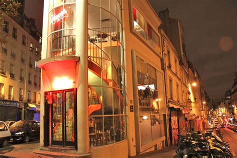 les bars 224 pigalle time out