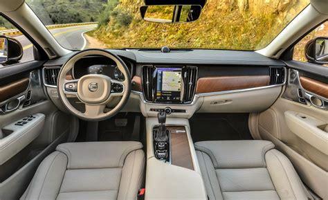 luxury cars interior 10 best luxury car interiors autobytel com