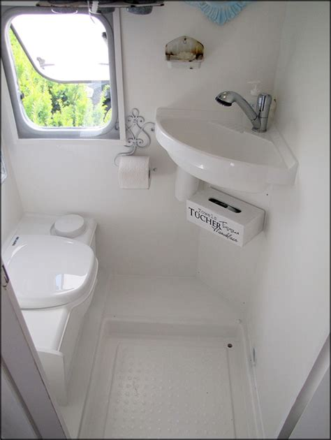 smallest cer van with bathroom caldeir 227 o de caraminholas home sweet motorhome