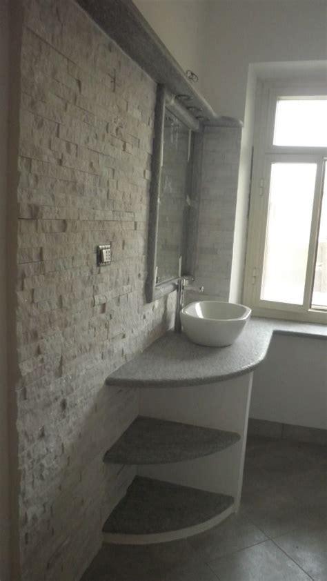 bagni rivestiti in pietra oltre 25 fantastiche idee su rivestimento in pietra su