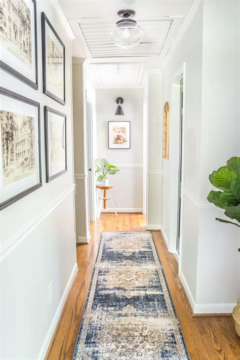 tips  decorate  boring hallway blesser house
