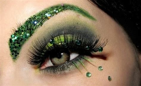 Eyeshadow Green emerald green glitter eye makeup makeup cat