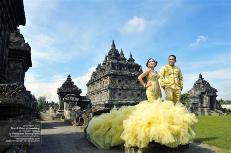 Wedding Yogyakarta by Yogyakarta Pre Wedding Photoshoot Ideas At Candi Plaosan