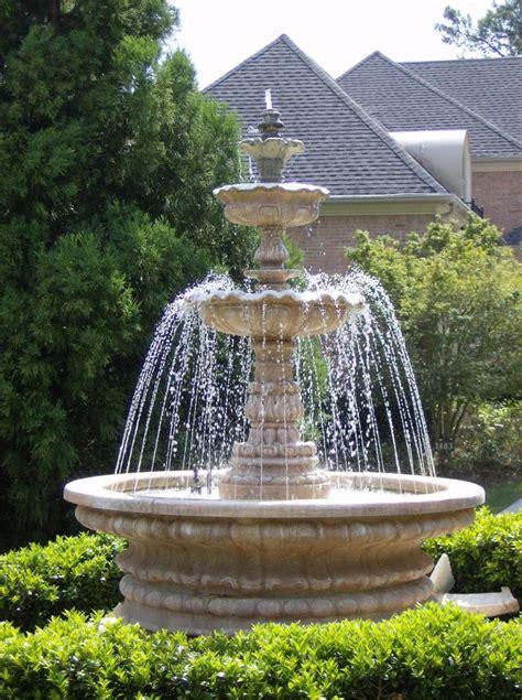 jardin fontaine fontaine de jardin installer une fontaine dans jardin pratique fr