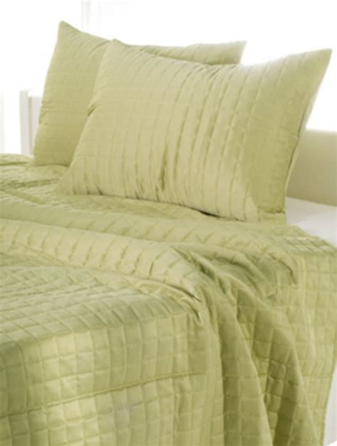 Apple Green Quilt by Apple Green Shimmer Quilt By Rizzy Home Bedding