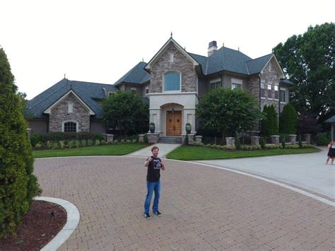 dale jr house dale jr new house bing images