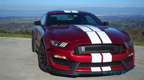 Ford Mustang Shelby Gt350 by 2017 Ford Mustang Shelby Gt350 Gallery Slashgear