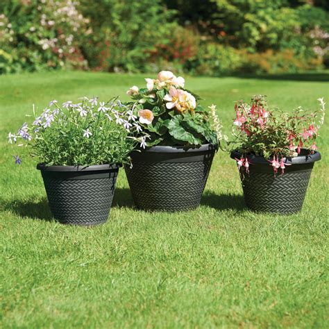wicker effect planters 3 garden planters supports