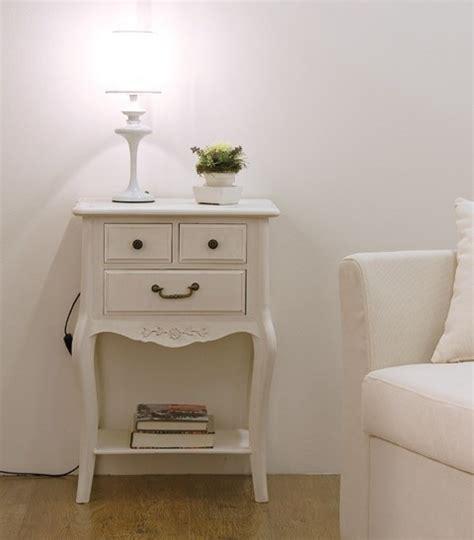 comodino bianco comodino legno bianco spray mobili etnici provenzali