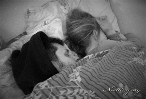schreien im schlaf schlafprobleme lasst eure kinder doch einfach schreien
