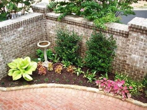 courtyard garden ideas small courtyard landscaping bonnie helander blogs about