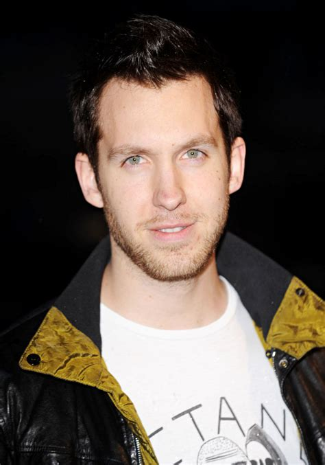 calvin haris calvin harris picture 4 the brit awards 2010 30th