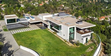 2 Story Garage Plans by 25 Million Newly Built Modern Mansion In Beverly Hills