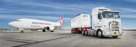 qantas freight inks us mail contract with china s sai cheng ch aviation