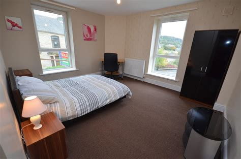bed sit studio flat to rent in bedsit room 5 redearth road bb3