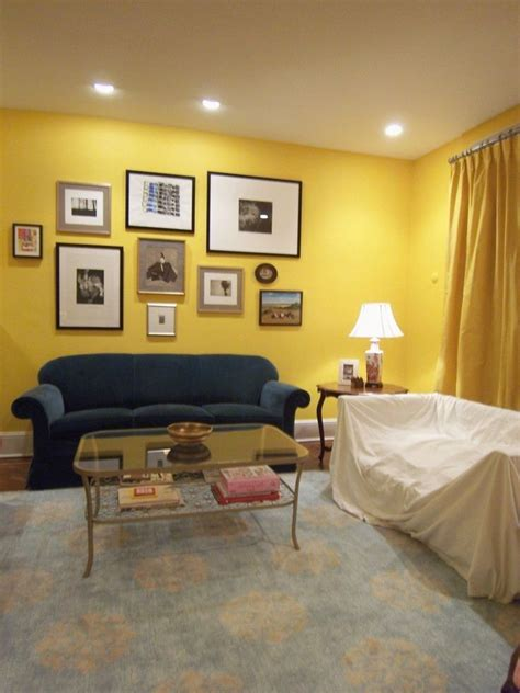 What Color Drapes Go With Yellow Walls colors that go with yellow curtains that go with yellow