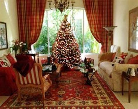 25 Dekorasi Natal Hiasan Ornamen Pohon Natal Hiasan Pohon Natal foto contoh desain dan dekorasi pohon natal 113 si momot