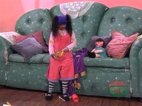 watch the big comfy couch big comfy couch wrong side of the couch youtube