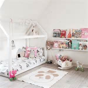 Design Ideas For Reading Ls For Bed Girly Reading Corners Mommo Design