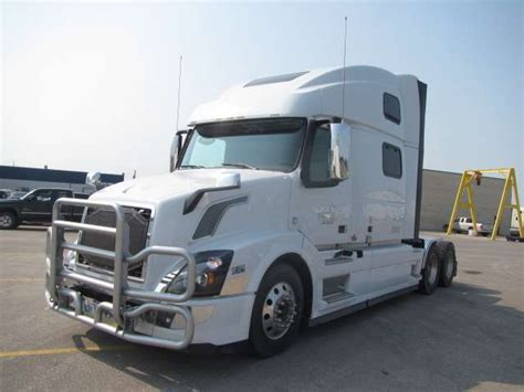 2016 volvo semi 2016 volvo vnl780 sleeper semi truck for sale 176 286