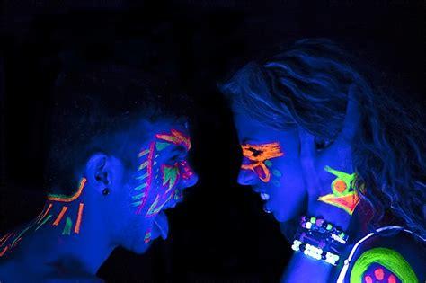black light 21 glow uv black light