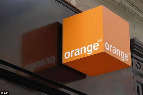 orange mobile account iphone user hit with 163 19 000 orange bill for excessive