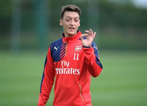 www mesut the criticism mesut ozil has received at arsenal is