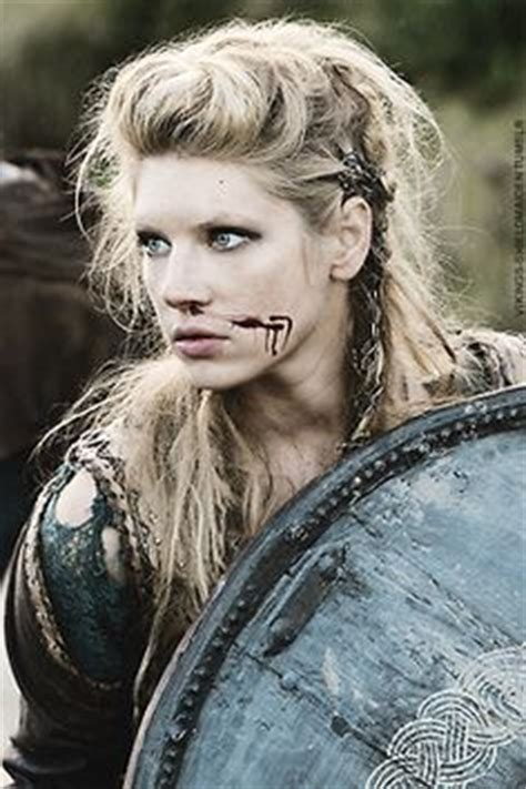 how to plait hair like lagertha lothbrok 1000 ideas about lagertha hair on pinterest viking hair