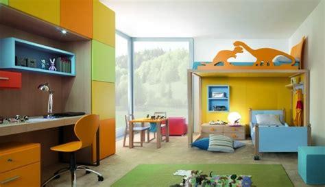 kinderzimmer abtrennen ideen die farbgestaltung kinderzimmer mit vorsicht betrachten