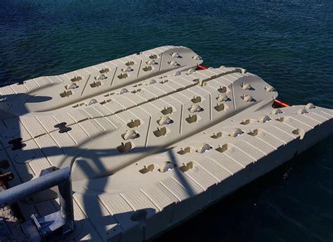 pedana galleggiante pedana galleggiante per moto d acqua jet port
