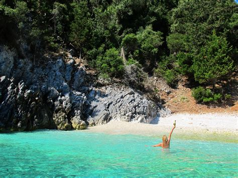 guide    beaches  northern kefalonia  girl
