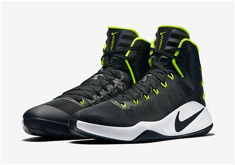 Sepatu Nike Hyperdunk 2016 High Usa nike hyperdunk 2016 colorways sneakerfiles