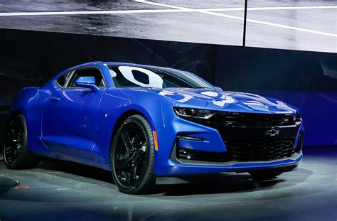 chev camero 2019 chevrolet camaro preview
