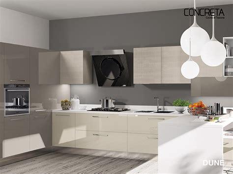 pulire piastrelle cucina come pulire la cucina amazing pulire le piastrelle with